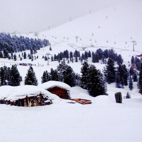 Skiing - Whitespace